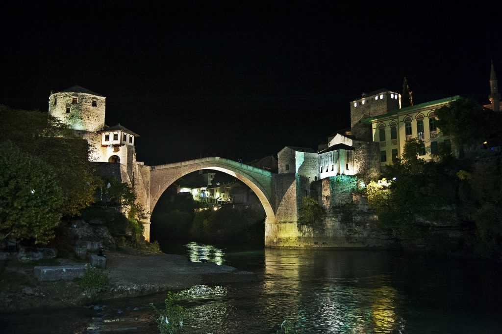 Stari_Most_Mostar_di_notte