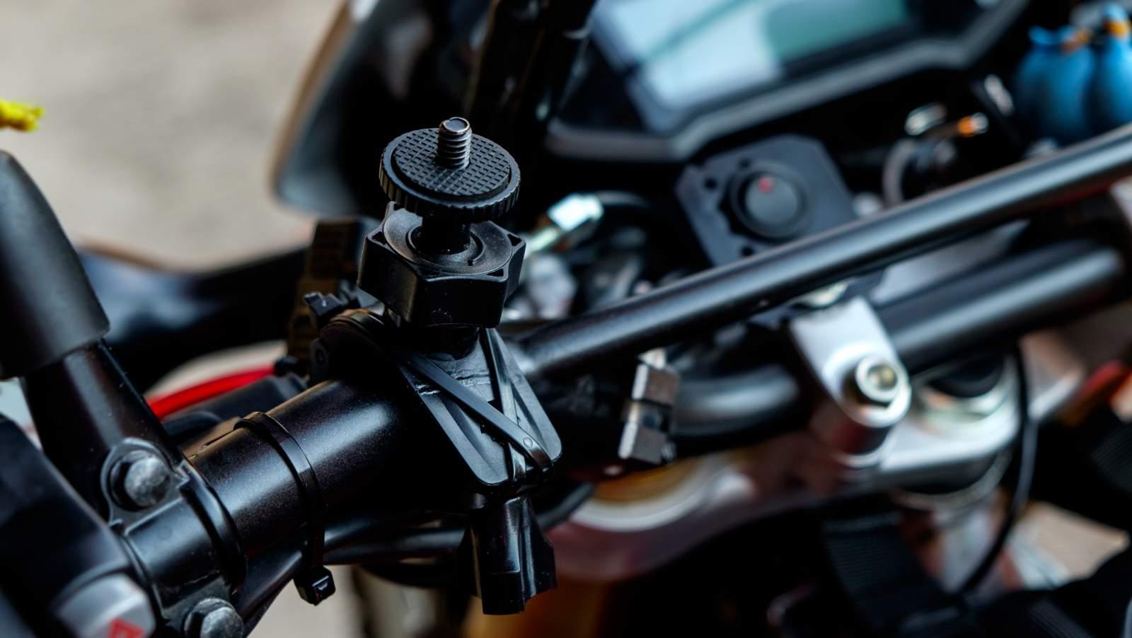 Come equipaggiare la moto per viaggiare
