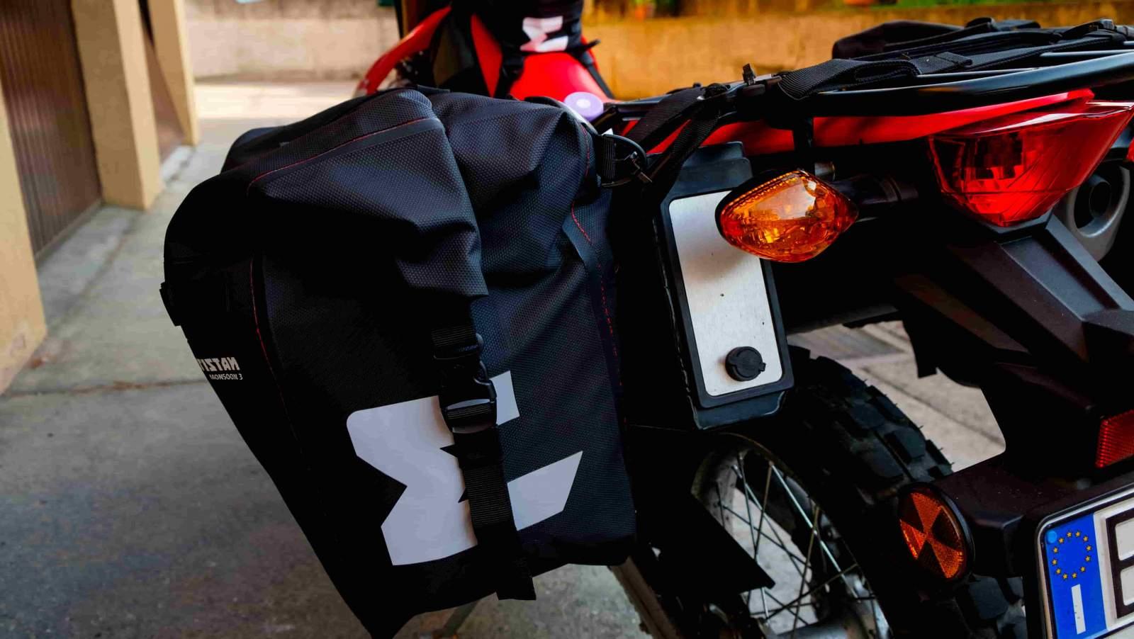 ome equipaggiare la moto per viaggiare