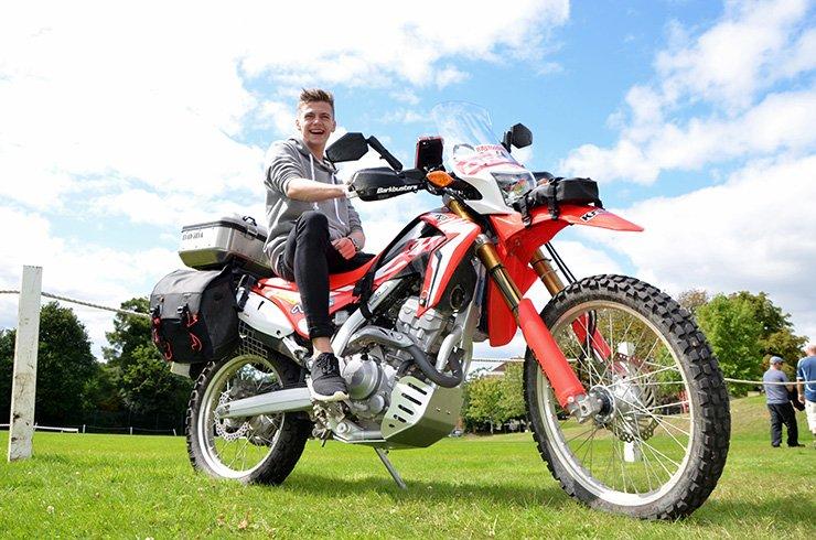 per viaggiare in moto bastano 250cc